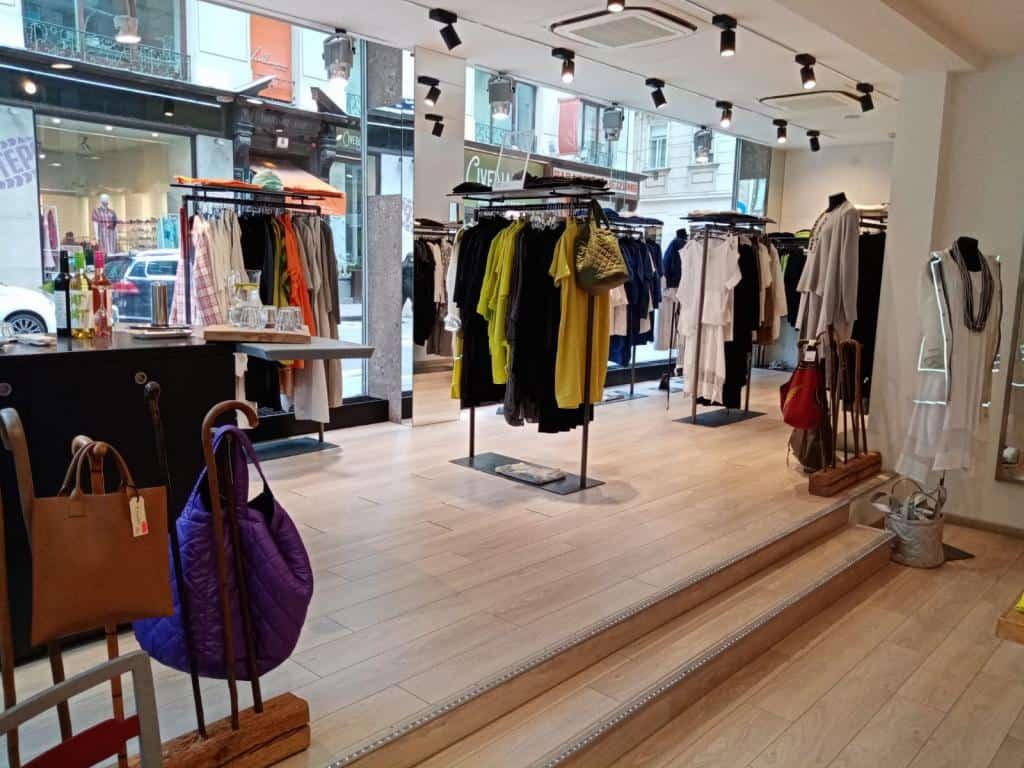 4ac09-Shop_Rotenturmstrasse2
